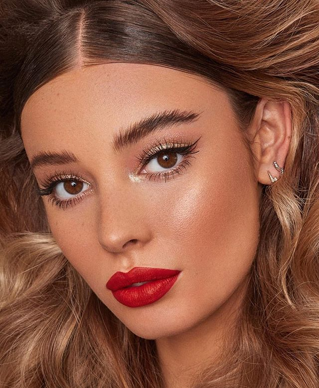 Stunning makeup looks for any occasion, wedding makeup, party makeup, makeup looks, natural makeup looks #makeuplooks wedding guest makeup looks