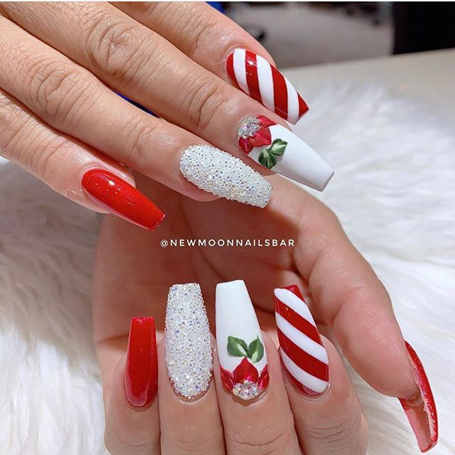 70 pretty festive nail art designs, christmas nail art , christmas nails , festive nails, christmas nail designs, christmas nail ideas #christmasnails #festivenails