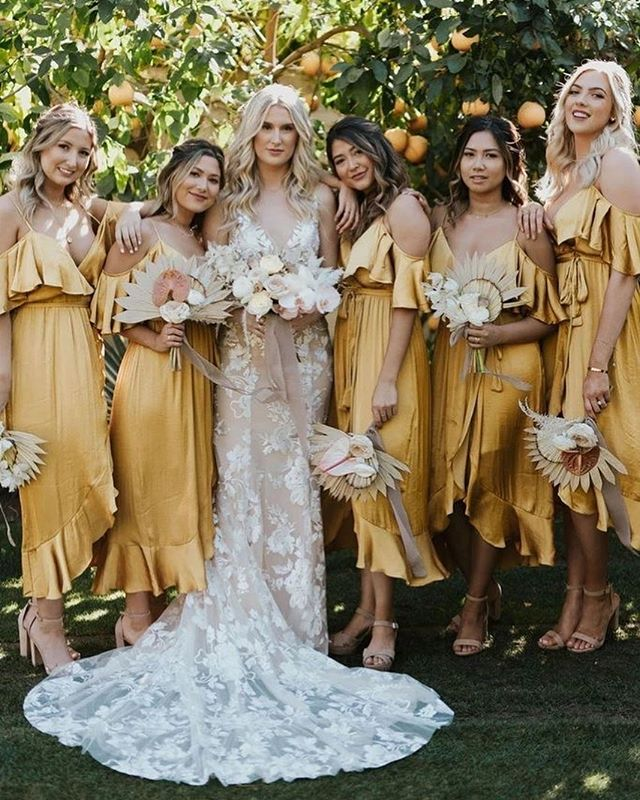 bridesmaid trends 2020 that are fabulous 7, bridesmaid dresses, bridesmaid dress trends 2020, bridesmaid dresses 2020, bridesmaid dress colors, mismatched bridesmaid dresses 2020 #bridesmaiddresses