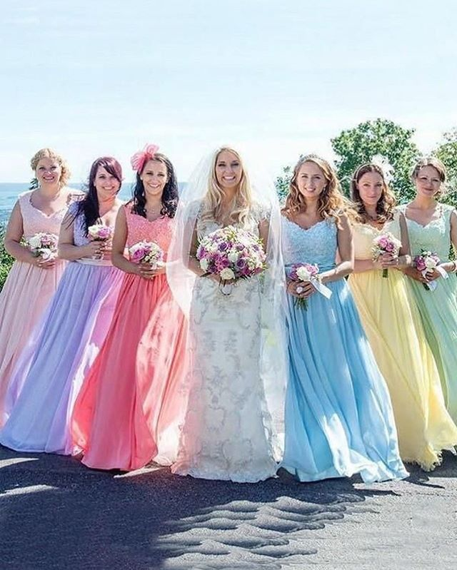 bridesmaid trends 2020 that are fabulous 2, bridesmaid dresses, bridesmaid dress trends 2020, bridesmaid dresses 2020, bridesmaid dress colors, mismatched bridesmaid dresses 2020 #bridesmaiddresses