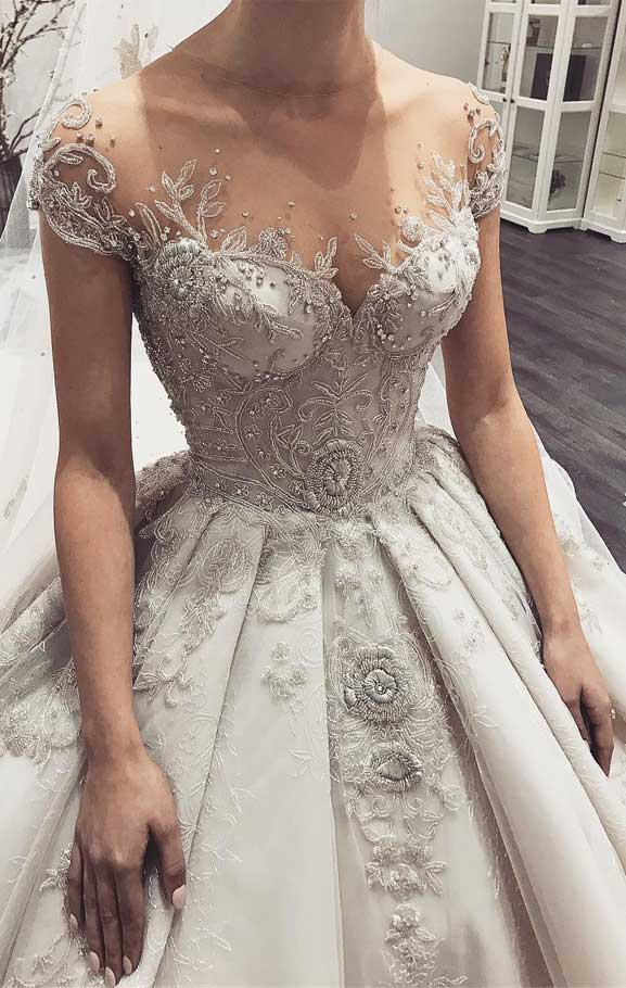 100 the most incredible wedding dresses , short sleeve wedding dress, ball gown wedding dress, ball gown short sleeve wedding dress, wedding dresses #weddingdresses