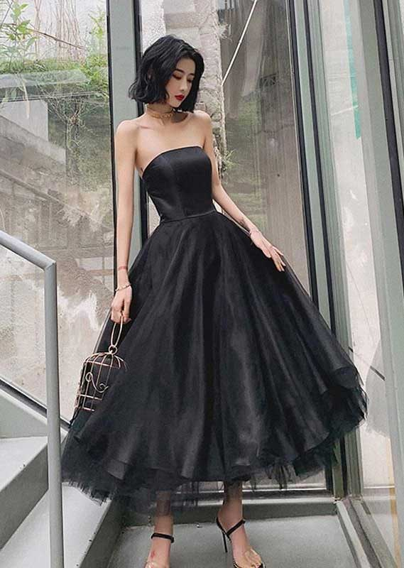41 Stunning black dresses that you should have in your closet - 2, black dresses formal, black dress elegant, smart black dress, black dress with sleeves, elegant black dress, smart black dress for work, women's black dresses