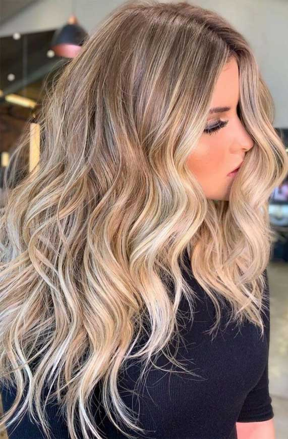 2020's Best Hair Color Ideas and Styles, brown hair color ideas, caramel hair color, brown hair color with highlights, blonde hair color, #blondehair light brown hair color, balayage hair with highlights , medium brown hair color, light chocolate brown hair color #haircolors