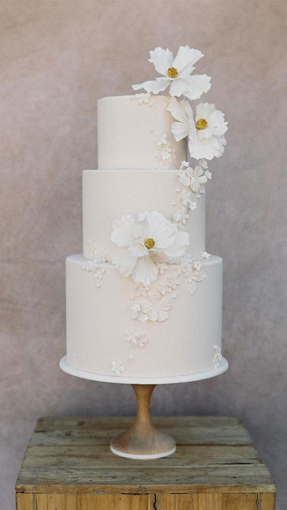 wedding cake, wedding cakes, wedding cake ideas, best wedding cakes 2020, wedding cake pictures, buttercream wedding cake, simple wedding cakes #wedidngcakes #cakedesigns #weddingcake