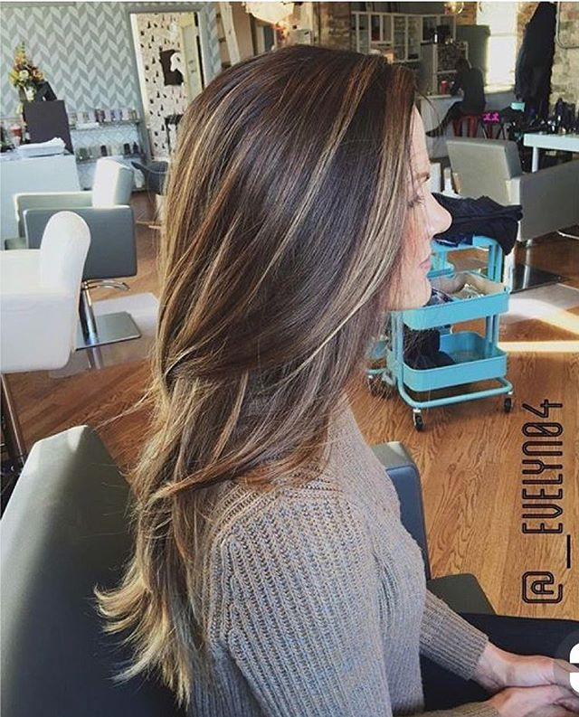 25 Best Hair Color Ideas and Styles , hair color , low maintenance hair color, hair color ideas, blonde balayage, hair , hairstyle , haircut #haircolor #hairstyle balayage hair color ideas , brown honey hair color, fall hair color #haircolor #balayage #hair