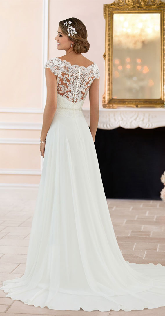 8 Gorgeous Country Style Wedding Dresses #wedding country style wedding dress #weddingdresses  lace wedding dresses, rustic wedding dresses, casual country wedding dresses, high low country wedding dresses, cowgirl wedding dresses, rustic wedding dresses with sleeves, lace wedding dress casual western wedding dresses