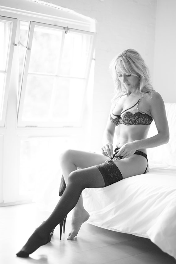 At London Boudoir Photography we Treat our Customers As Our Friends