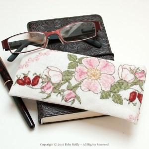 Wild Rose Glasses Case