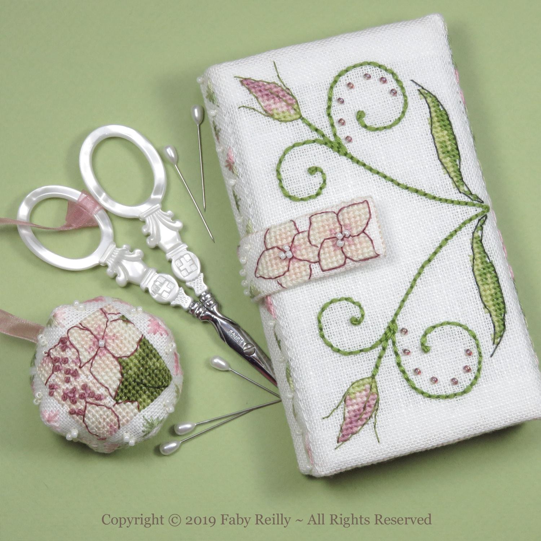 Lizzie Stitching Wallet – Faby Reilly Designs