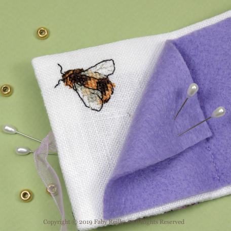 Lilac Needlebook – Faby Reilly Designs