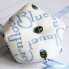 Biscornu Bleuet