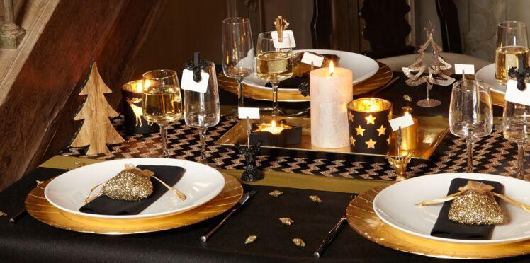 elegant a nol jopte pour une dco de table dore with deco de table de noel