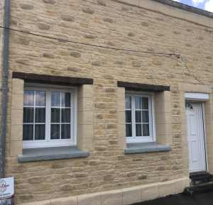 rénovation façade enduit pierre