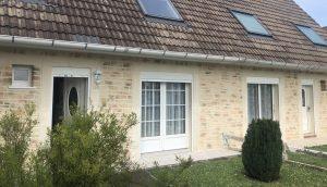 rénovation de façade en enduit imitation pierre