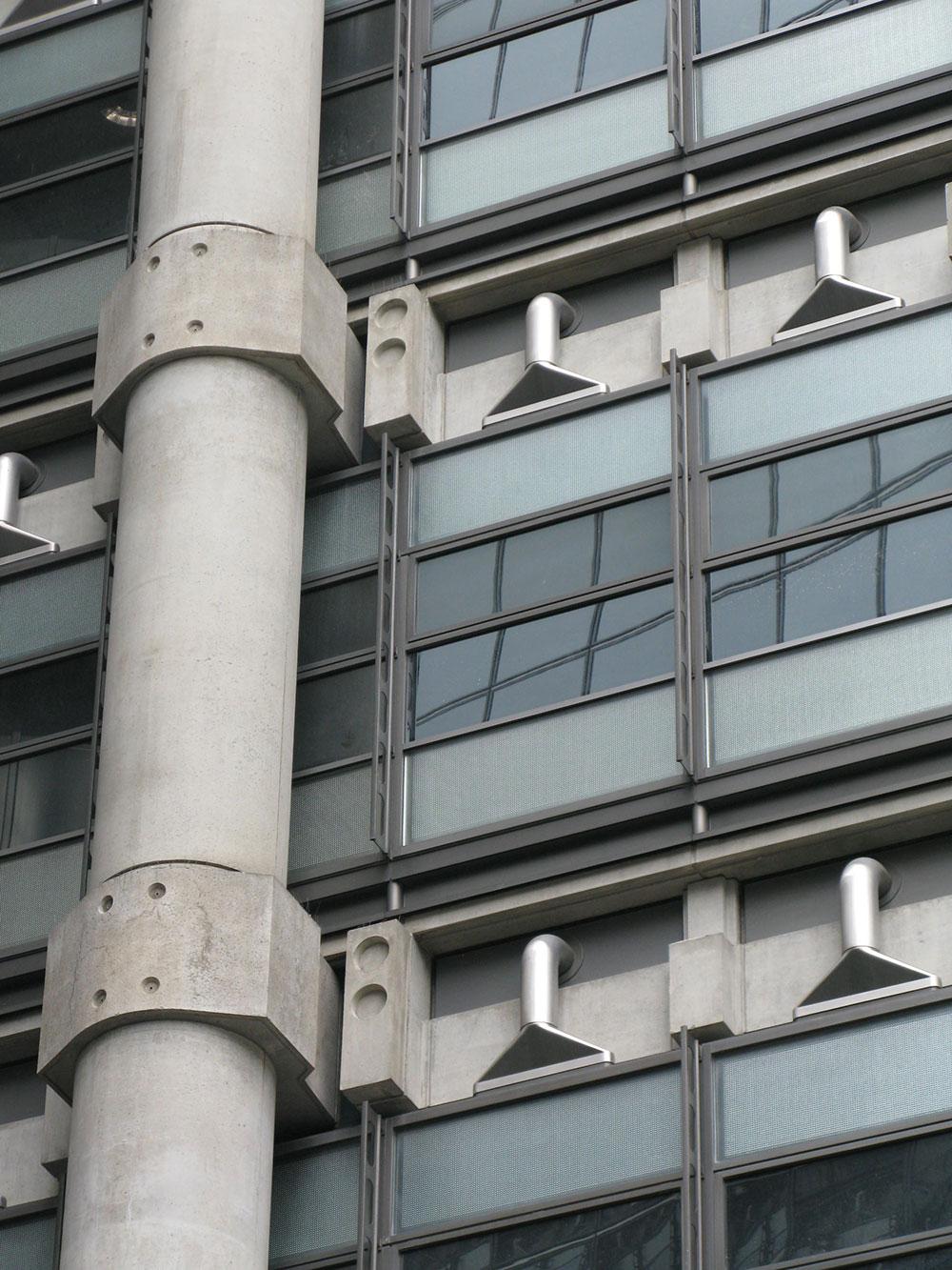 Lloyds building  London  facadeworld