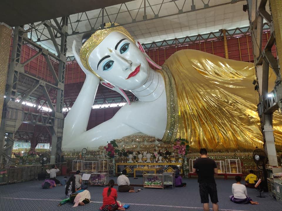 viaggio a yangon, cosa fare in birmania, cosa fare a yangon, mercati di yangon, pagoda di yangon, cosa fare in myanmar, myanmar pericoloso, pagoda myanmar, pagoda yangon, Chauktatgyi Buddha, buddha sdraiato, buddha statua gigante