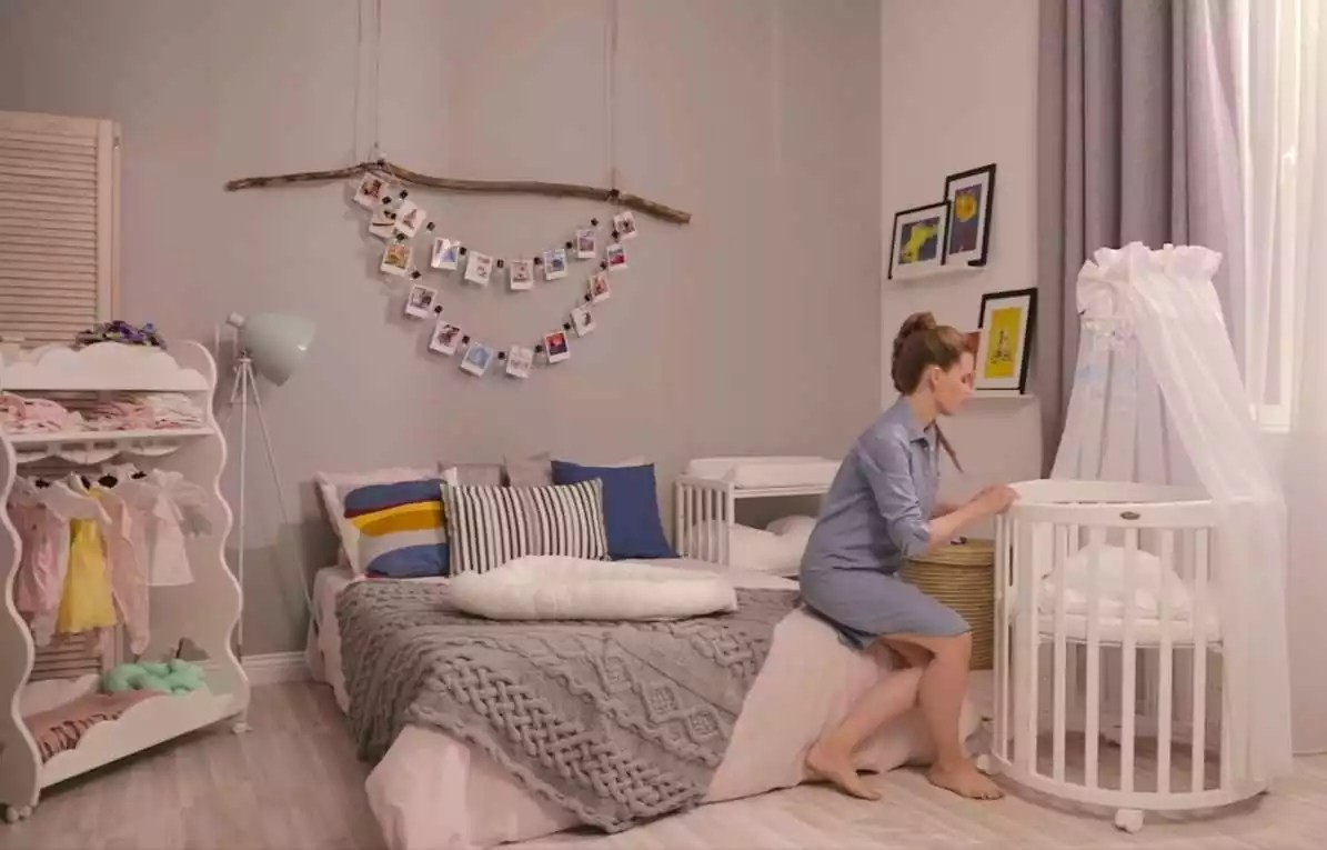 The Crib Should Be In Your Room for Newborn