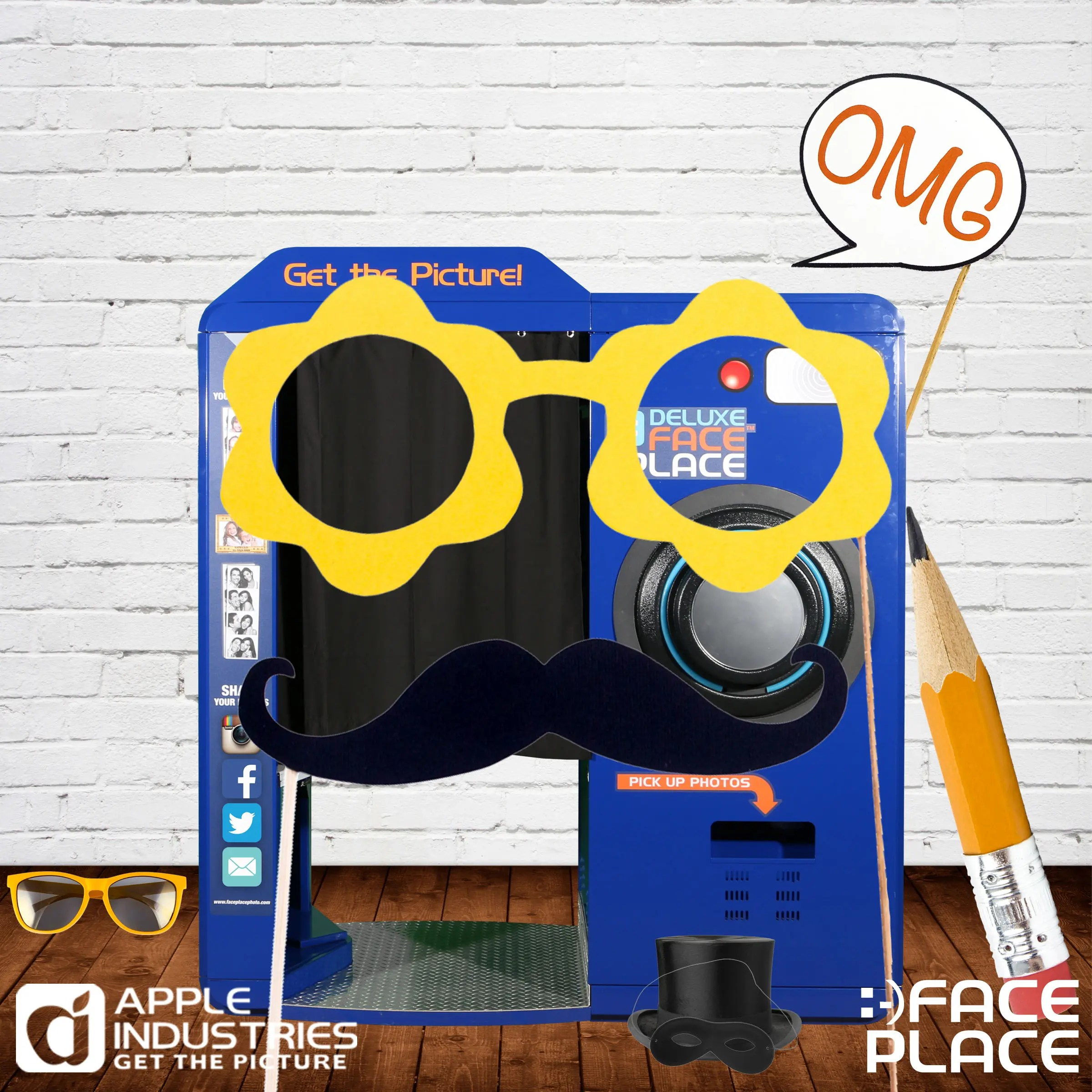 5 Cool Ideas For Your Photo Booth Props  Face Place