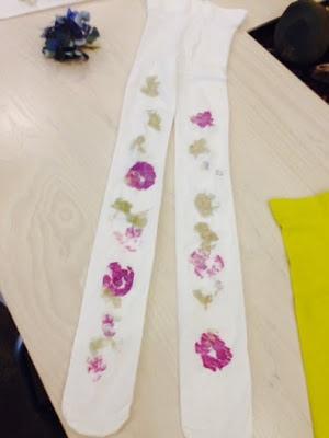 Flower stenciled tights