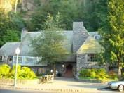 The lodge at Multnomah Falls