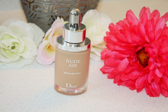Dior-Diorskin Nude Air Serum De Teint Review003