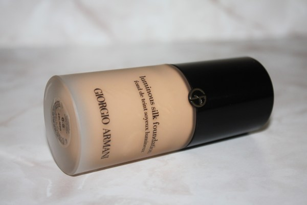 Giorgio Armani Luminous Silk Foundation Review004