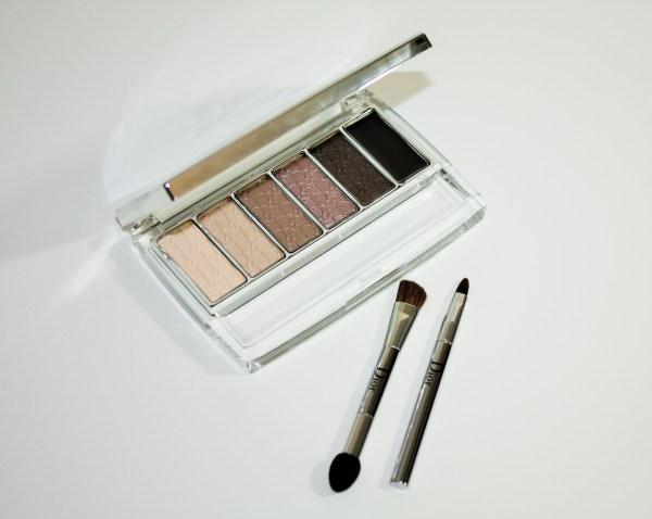 Dior-Eye-Reviver-Illuminating-Neutrals-Eye-Palette-review-swatches-Dior-Eye-Reviver-Eyeshadow-Palette005