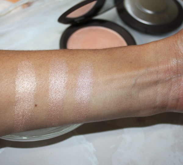 becca-jaclynhill-champagnepop-review-swatch-006