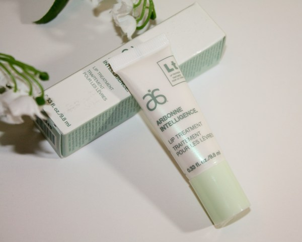 Arbonne-Intelligence-Lip-Treatment-Review-001