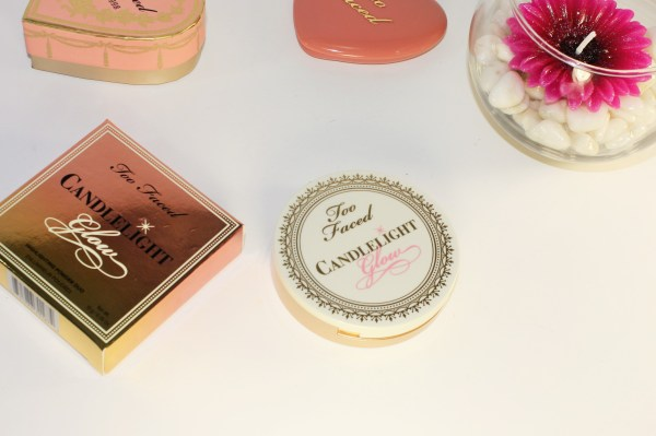 Too Faced Candlelight Glow Highlighting Powder Duo in Warm Glow-toofaced-warmglow005