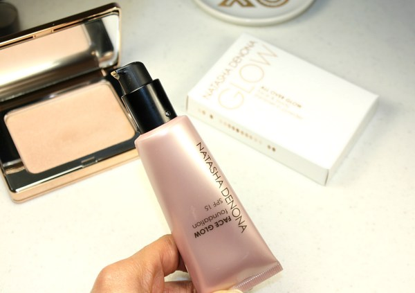 Natasha Denona Glowing Skin System-review-Face Glow Foundation-All Over Glow Face & Body Shimmer005