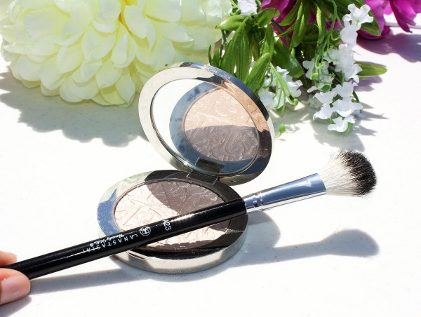 The Only Highlighting Brush You Need -Anastasia Beverly Hills Brush #23-004
