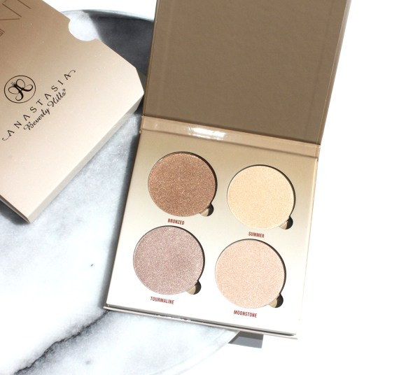 Anastasia Beverly Hills Sun Dipped Glow Kit