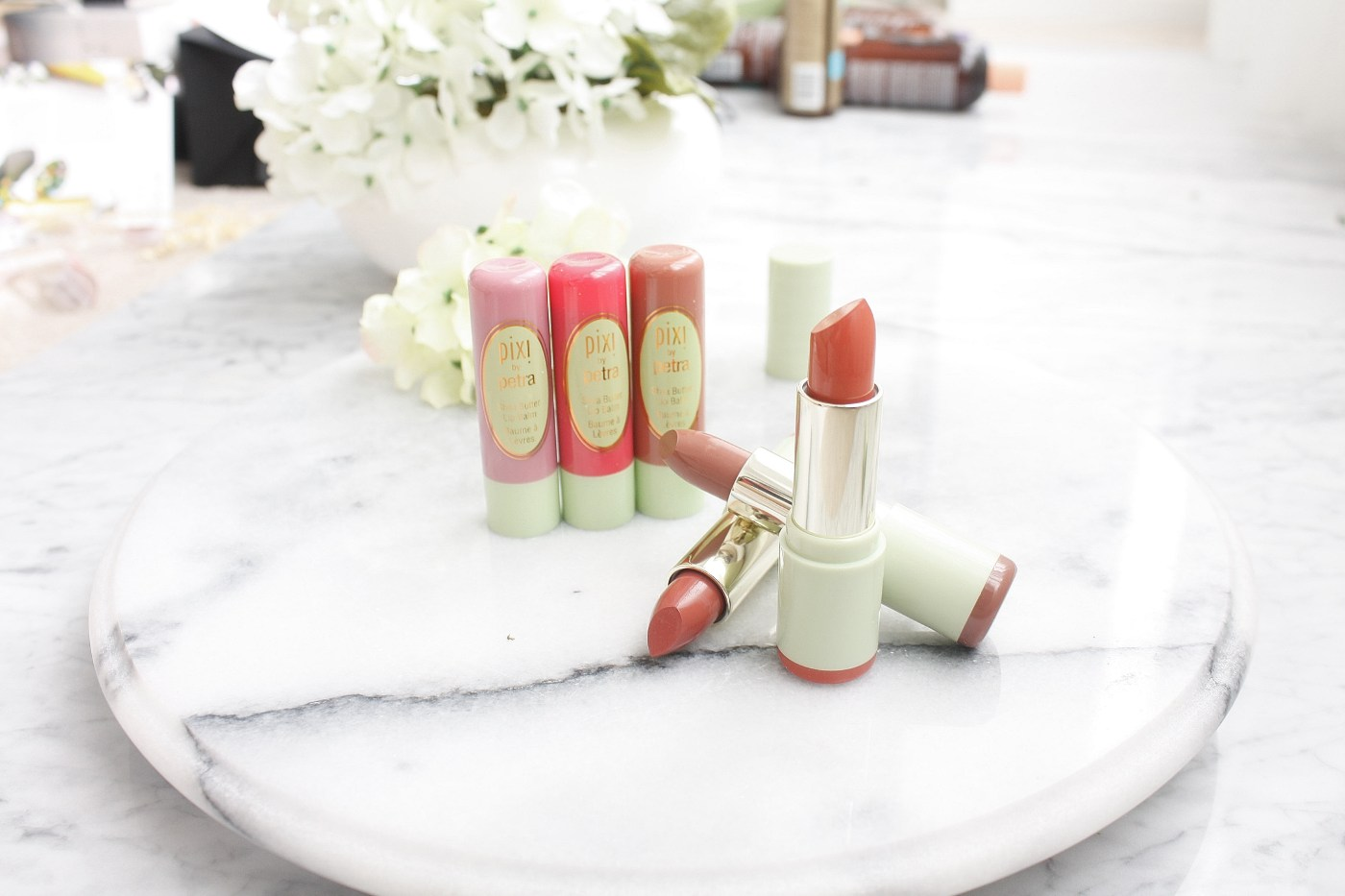 PIXI BEAUTY MATTELUSTRE LIPSTICK AND SHEA BUTTER LIP BALM