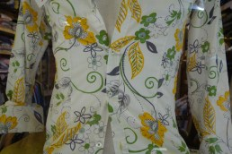 Men's floral shirt with darts in the front.