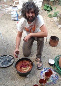 Thom and his cowboy chile