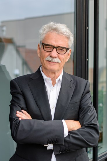 Prof. Bernd Okun