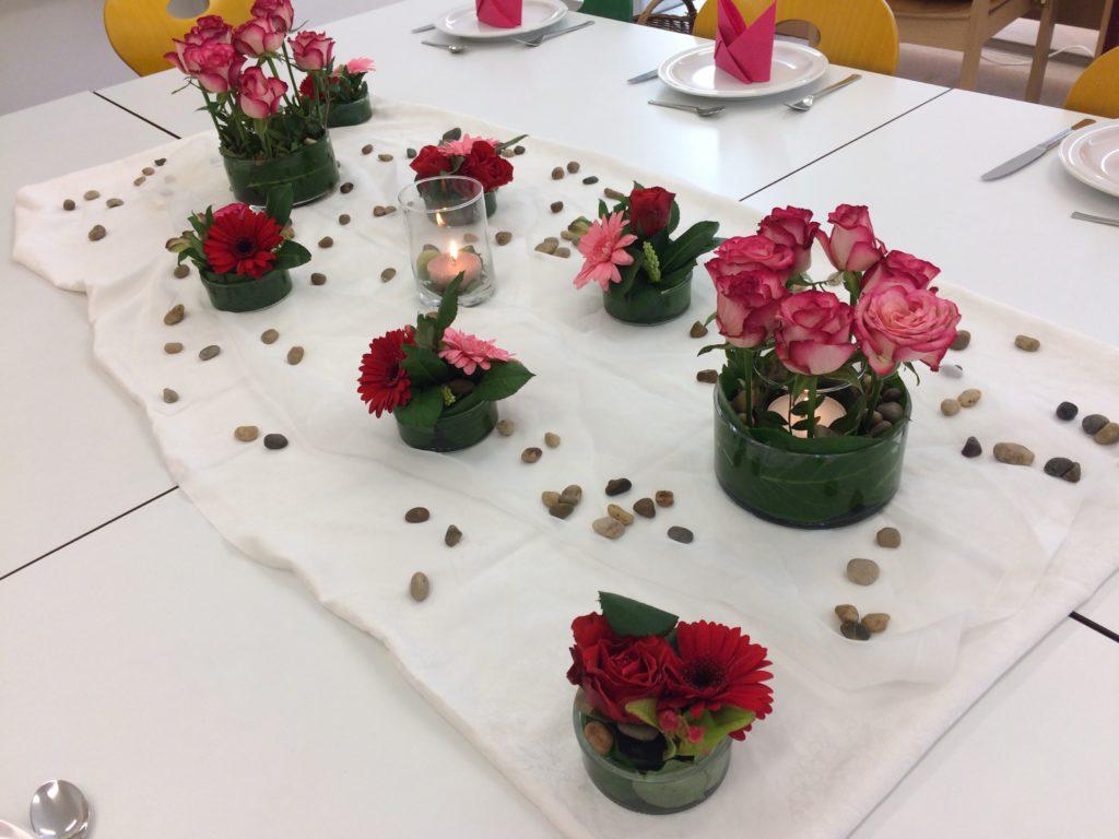 Tischdeko Kerzen Im Glas Blumen Im Glas Tischdeko Diy Schwemmholz