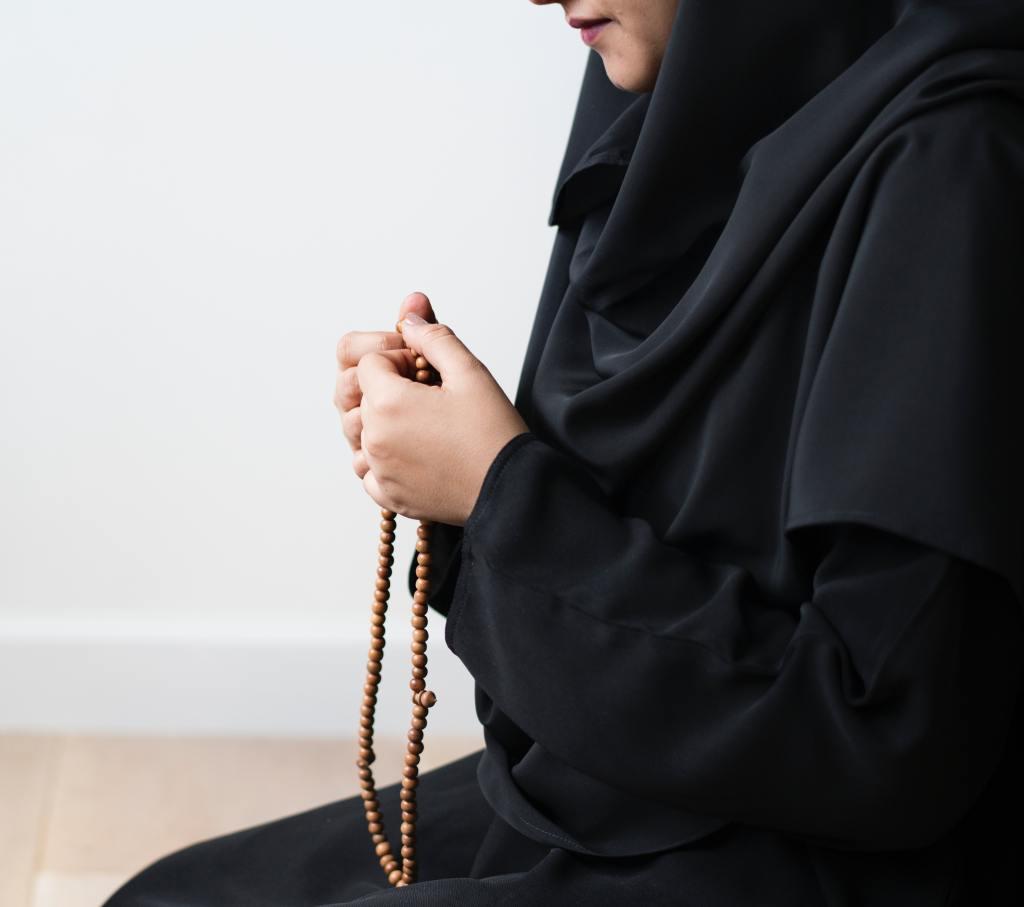 Berdoa di Waktu Lapang Maupun Sempit