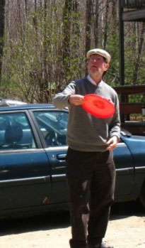 Photo of Steve throwing a Frisbee