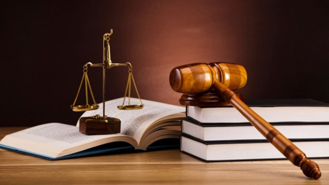 best courses to study in Nigeria - Law