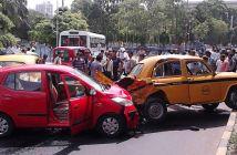 Multiple_Car_Accident_-_Rabindra_Sadan_Area_-_Kolkata_2012-06-13_01320_opt