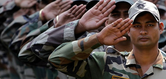 What did a Parliamentary Standing Committee say on the issue of 'Sahayaks' in the Army?