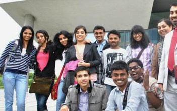 Indians students studying abroad_factly1