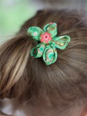diy folded fabric flowers hairbow