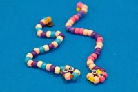 Kid Friendly: Pony Bead and Pipe Cleaner Pet Snakes ...