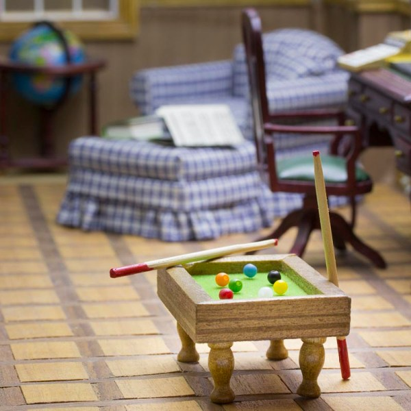 dollhouse miniature pool table