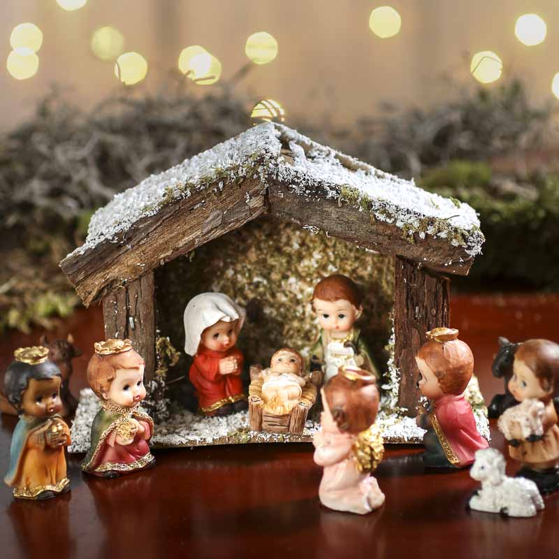 Miniature Nativity Scene Stable  Christmas Miniatures  Christmas and Winter  Holiday Crafts