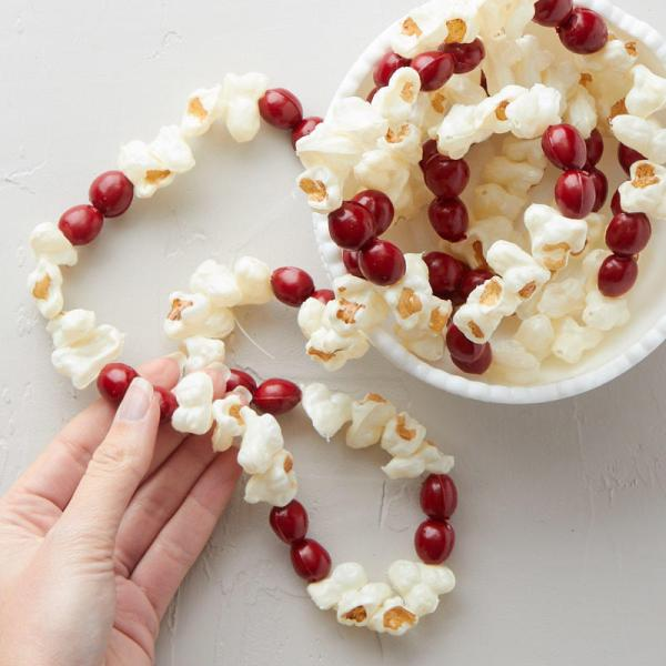 6' Artificial Popcorn And Cranberry Garland - Christmas