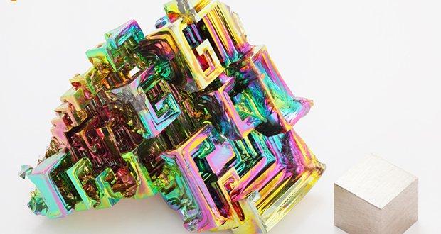 Half-life of bismuth